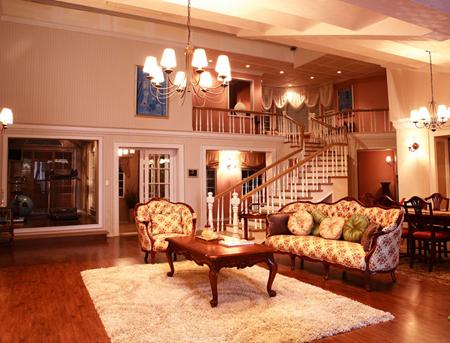 Phòng khách với hiết kế tân cổ điển