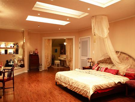 Phòng ngủ với hiết kế tân cổ điển